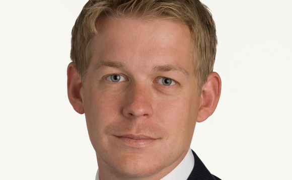 Allen & Overy promotes two in pensions team