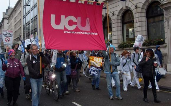 UCU threatens fresh strike action over USS